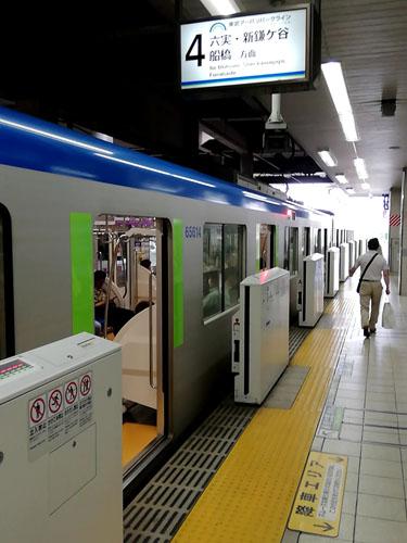 東武アーバンパークライン船橋行き柏駅にて
